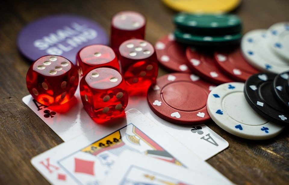 With tricky play make money through gambling in gclub